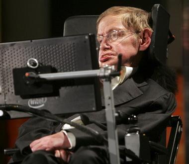 """В сериале """"Теория большого взрыва"""" снялся известный физик-инвалид"""