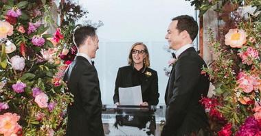 Джим Парсонс и Тодд Спивак поженились.