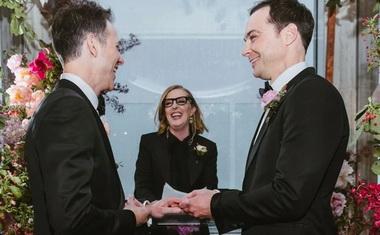 Джим Парсонс и Тодд Спивак связали себя узами брака.
